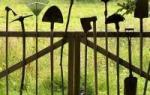 Как правильно поставить забор на границе с соседями?